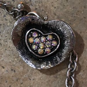 Jewelry - Silver chain necklace with changeable buttons.
